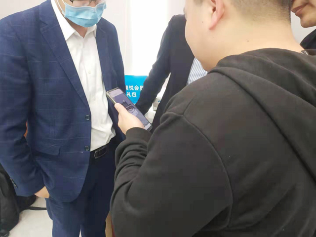 华西隐形正畸博士受邀参加沪鸽·美悦隐形矫治技术交流会(重庆站)