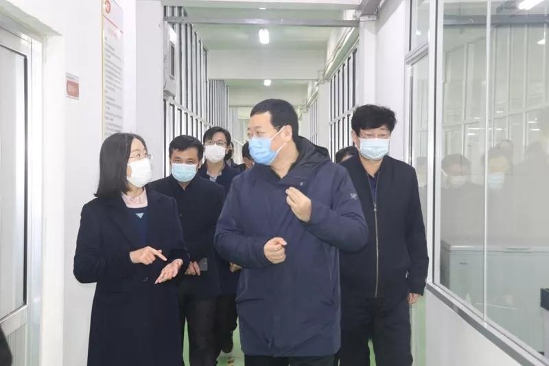 日照市委常委、组织部长杨原田到沪鸽口腔调研疫情防控及复工情况