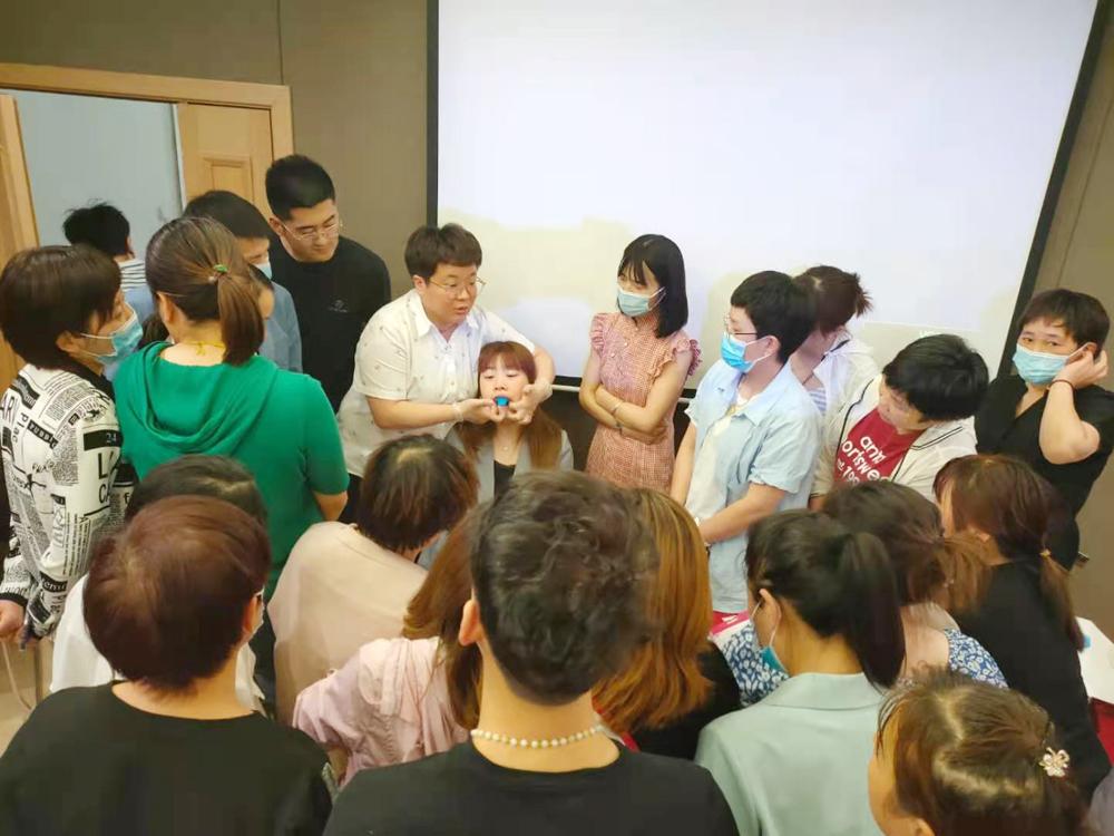 沪鸽美悦隐形矫治技术交流会(河南开封站)课程回顾