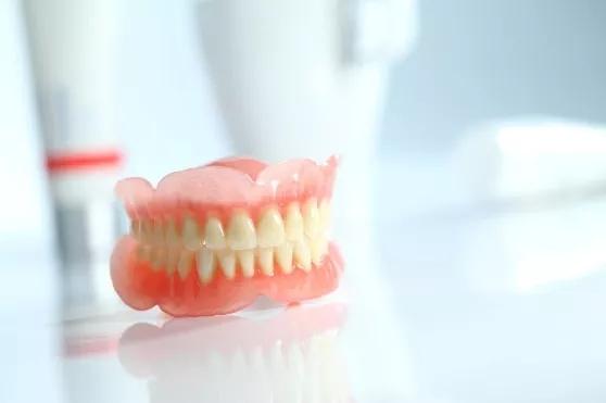 美佳印®枪混1型做全口义齿边缘整塑,准确度高,患者体验更好!
